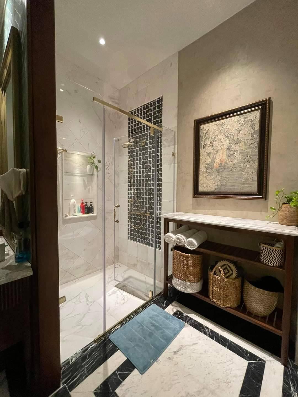 Nhà ở dân dụng nên chọn phòng tắm kính như thế nào?