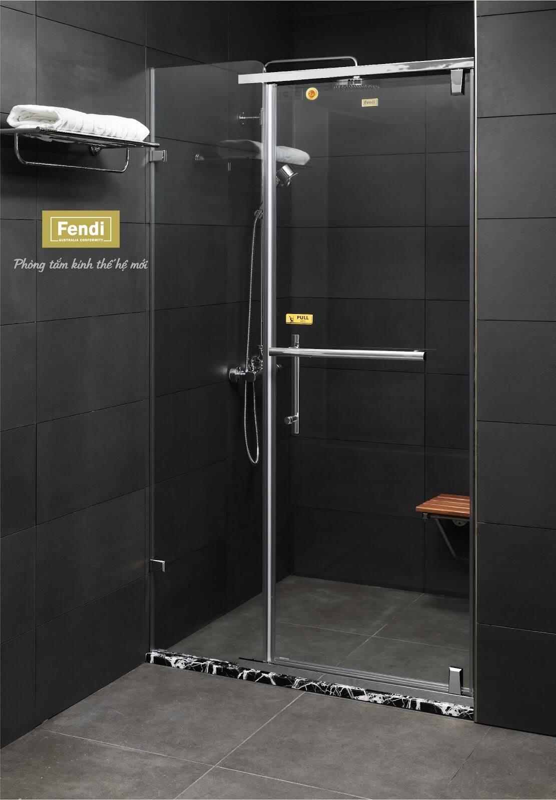 Phòng tắm kính cửa mở xoay loại 1 mặt kính, giáp 3 mặt tường là một trong những kiểu khá phổ biến trong thiết kế phòng tắm dân dụng
